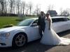 Hochzeit weisses Brautauto Hochzeitslimousine Siegen Dodge