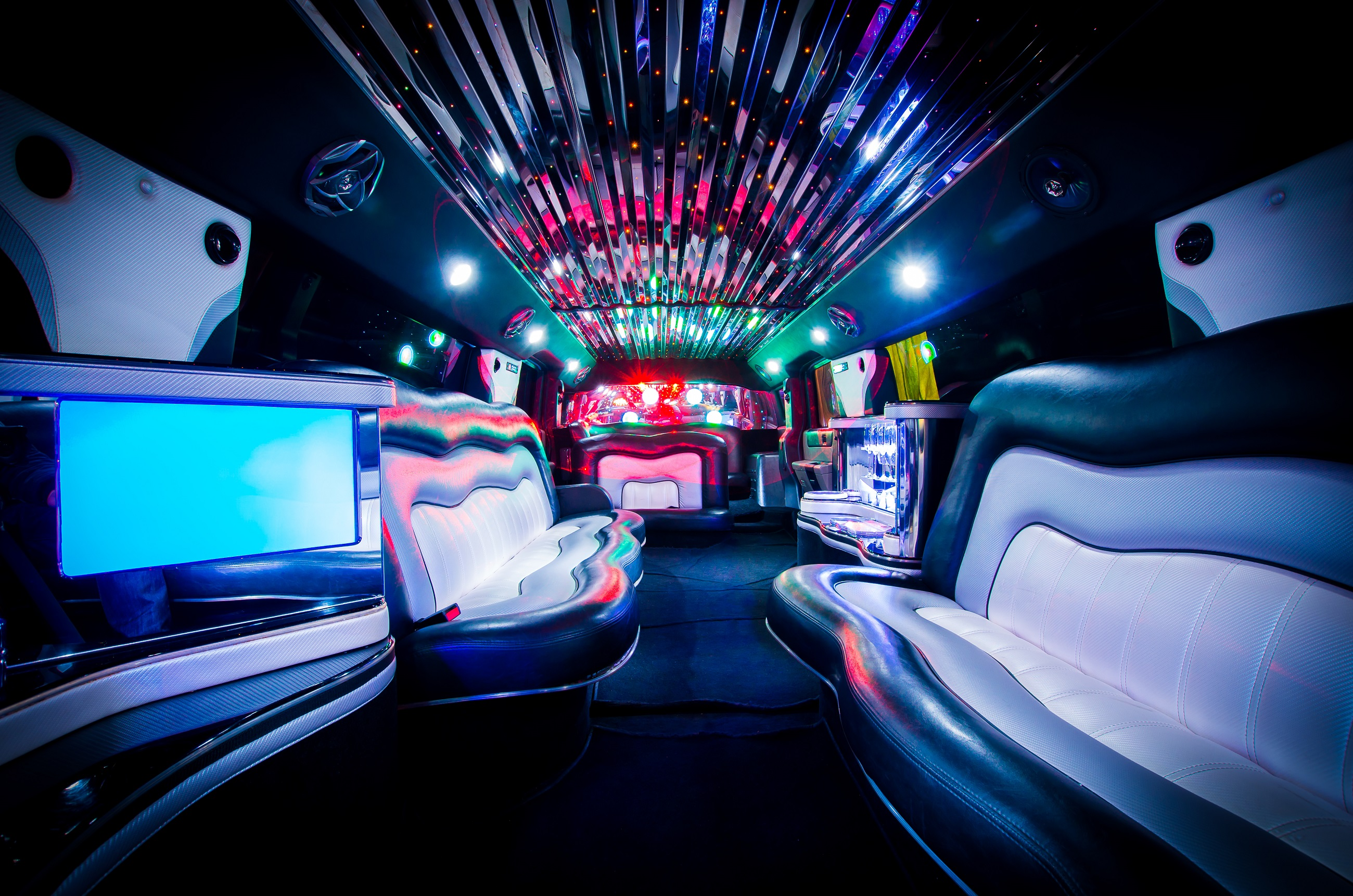 hummer h2 stretchlimousine in koblenz stretchlimousinen partybus und oldtimer verleih. Black Bedroom Furniture Sets. Home Design Ideas