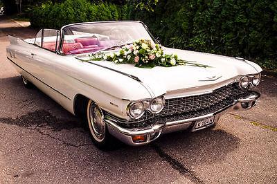 Cadillac De Ville Cabrio in Creme  Weiss