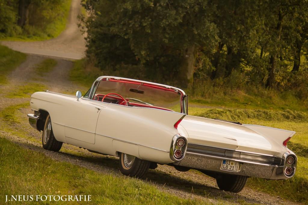Cadillac mieten in Hachenburg Oldtimer mit chauffeur vermietet Preise Köln Bonn Gießen